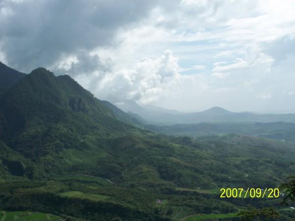 2007/9/20在要前往六十石山區的山路上所拍的_002.jpg