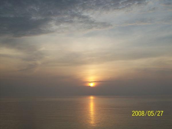20080527菓葉的日出05.jpg