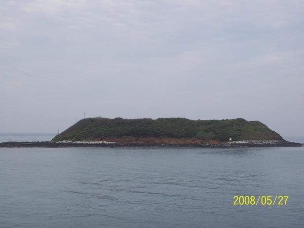 20080527馬公內海的小島01.jpg