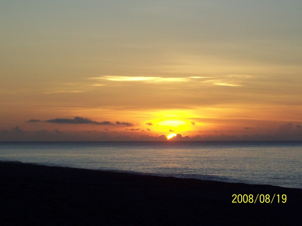20080819拍攝於太麻里某處沙灘03.jpg