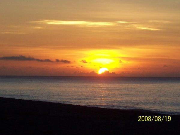 20080819拍攝於太麻里某處沙灘05.jpg