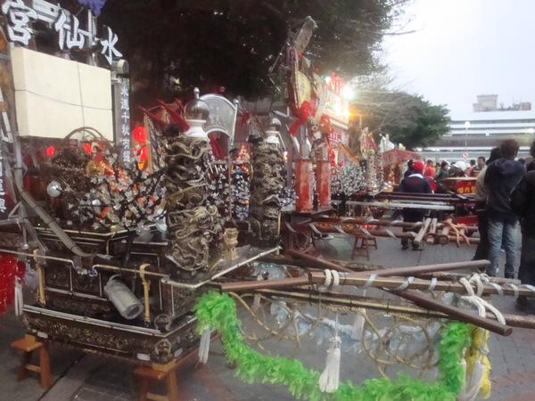 20110215拍攝於澎湖縣政府武轎踩街前004.jpg