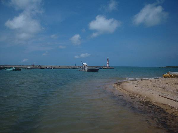 20110630拍攝於城前沙灘001.JPG