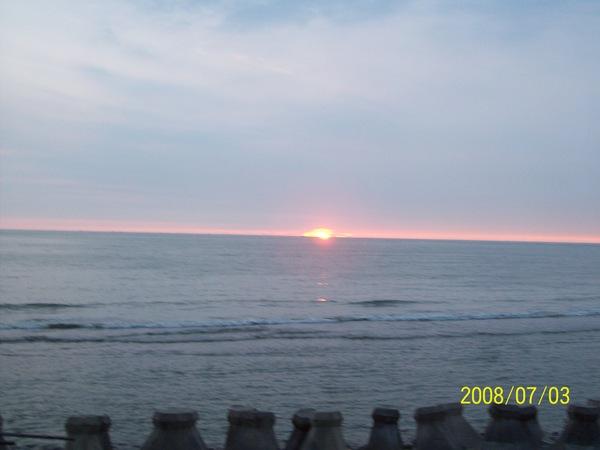 20080703拍攝於濱海.jpg