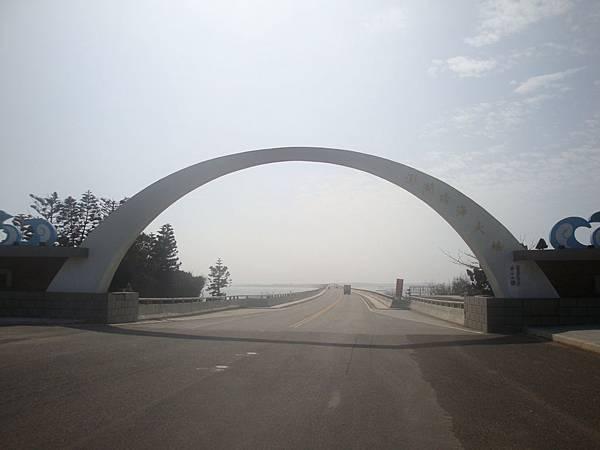 20120206拍攝於跨海大橋001.JPG