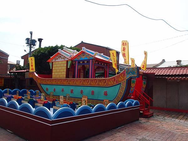 20130514鹿港老街廟宇隨拍038