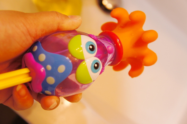 NUBY 洗澡玩具-烏賊水槍