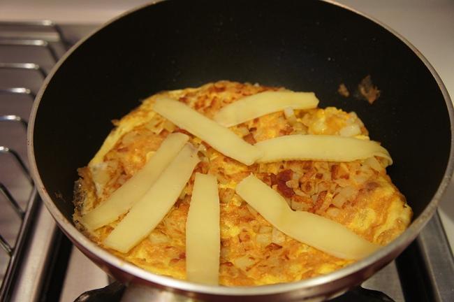 馬鈴薯培根起士烘蛋
