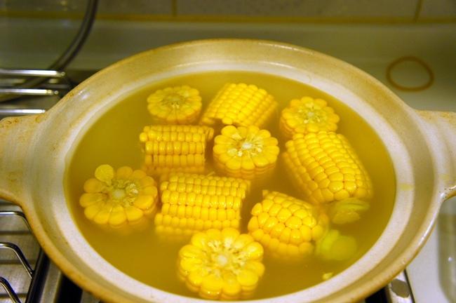 綜合蔬菜鮮干貝玉米粥