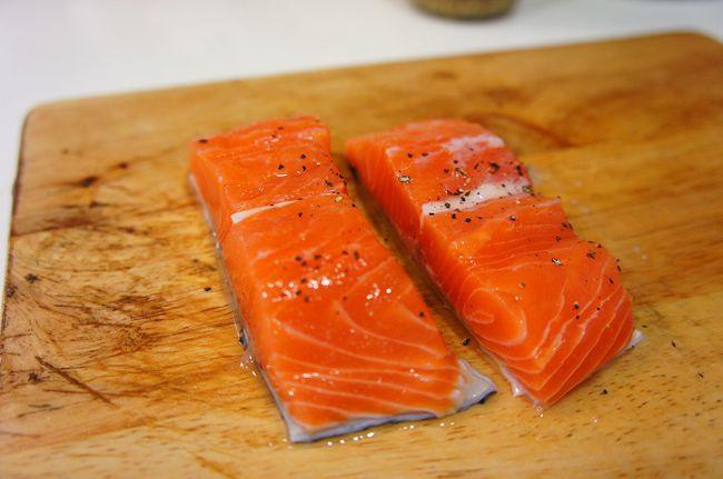 嘉妲香蒜芥末烤鮭魚