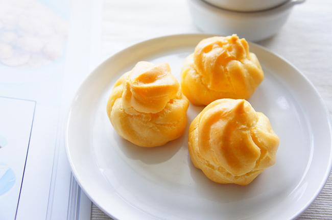 唐娜海檸檬鮮奶油泡芙