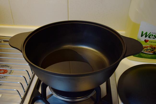 大古鑄鐵鍋清燉牛肉雪濃湯