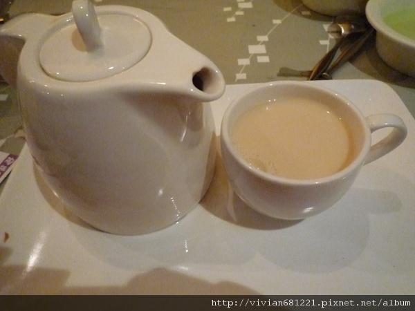 P1110884 ~ 沖繩黑糖奶茶~1.jpg