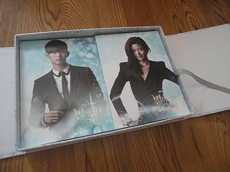 兩盒DVD