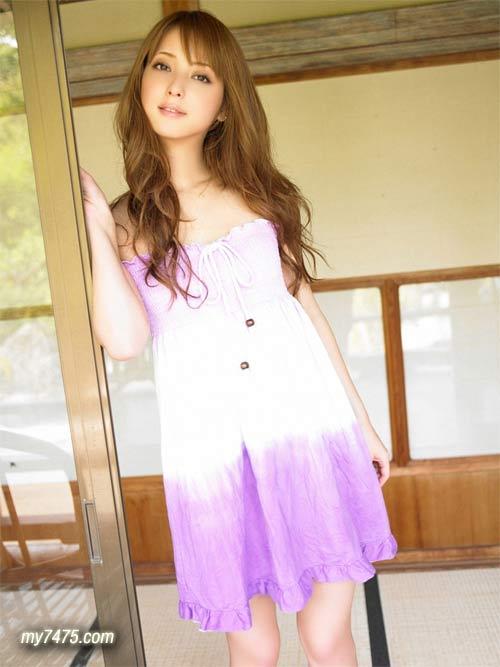 日本最正的女模佐佐木希02.jpg