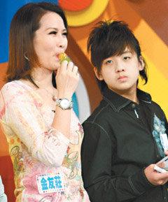 金友莊 左 與兒子葛兆恩.jpg