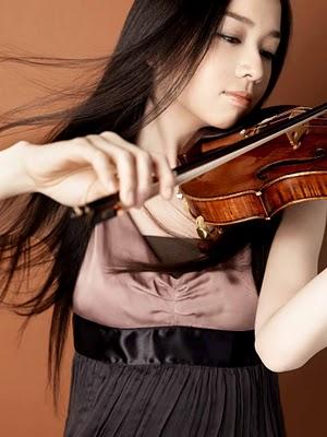 「美得過火的小提琴家」宮本笑里01.jpg