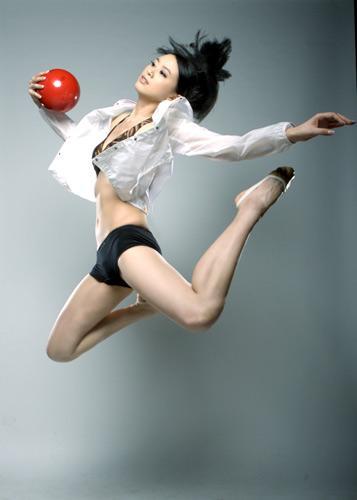 大陸體操美女兼模特兒戴菲菲09.jpg