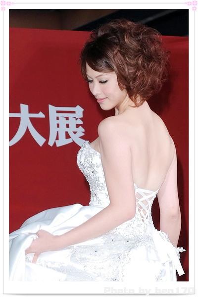 2010世貿婚紗展-可藍01.jpg
