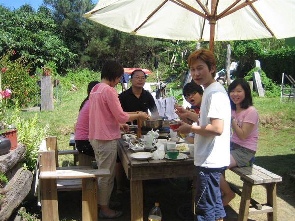 經典來了  中午在大太陽底下吃..麻辣鍋