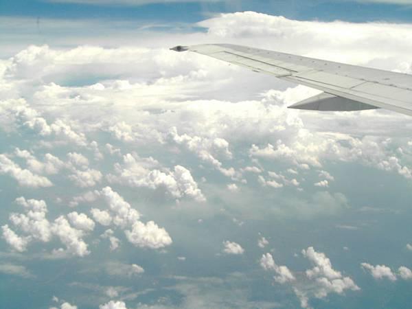 950923-1飛機外的雲層.JPG