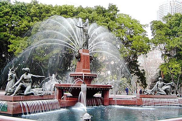 940627-1海德公園噴水池.JPG