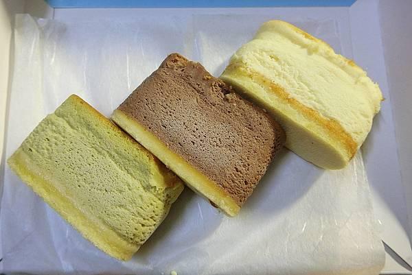 1060725-3咕咕霍夫鮮奶乳酪蛋糕.JPG