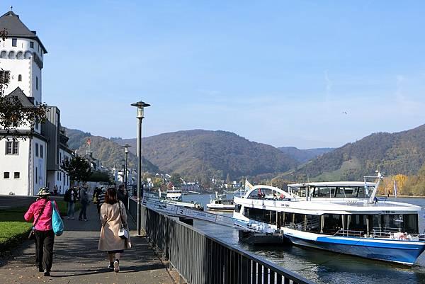 1061019-1德國萊茵河遊船.JPG