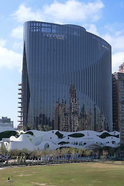 1061230-1.暐順經貿大樓Plaza 6+廣塬.JPG