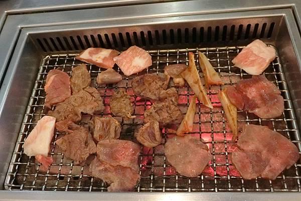 1070210-9太和園燒肉館.JPG