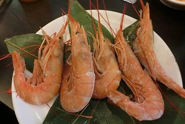 1070210-12太和園燒肉館天使紅蝦.JPG
