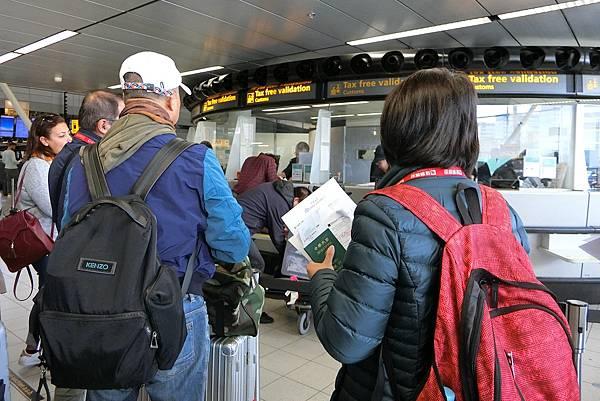 1061023-36阿姆斯特丹機場.JPG