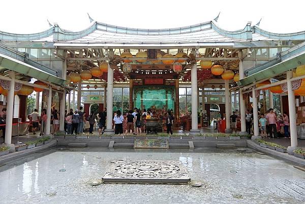 1080608-8玻璃媽祖廟.JPG