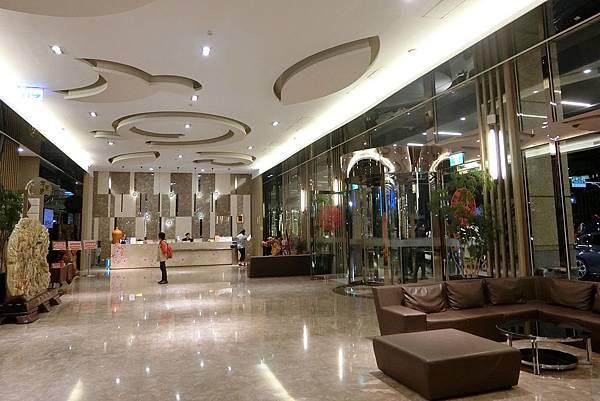 1081019-16尊皇大飯店.JPG