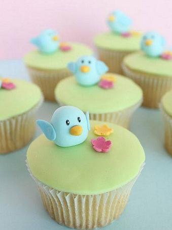 象徵幸福的青鳥降臨在每個人身邊