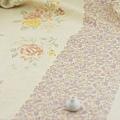 進口棉麻布料 米黃底 薔薇情話 布料加價60元