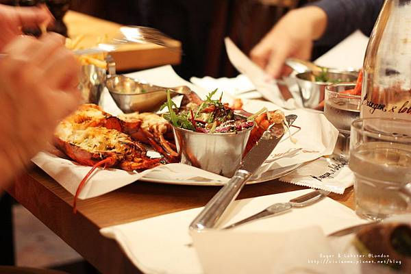 [旅遊]英國倫敦。別管炸魚薯條了!來嚐嚐Burger & Lobster @Oxford Circus