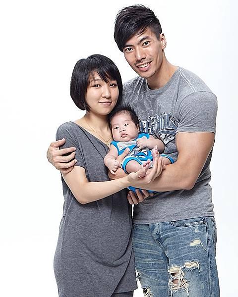 產後兩個月大肚子 照片為潮人物拍攝.jpg