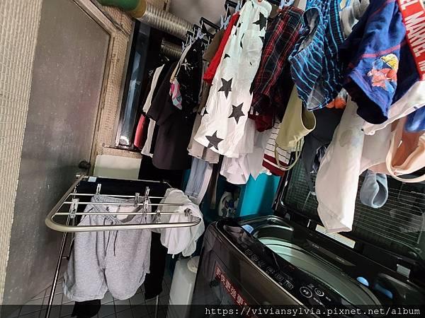 衣物務必要晾到全乾再收,以免衣物悶臭味發生