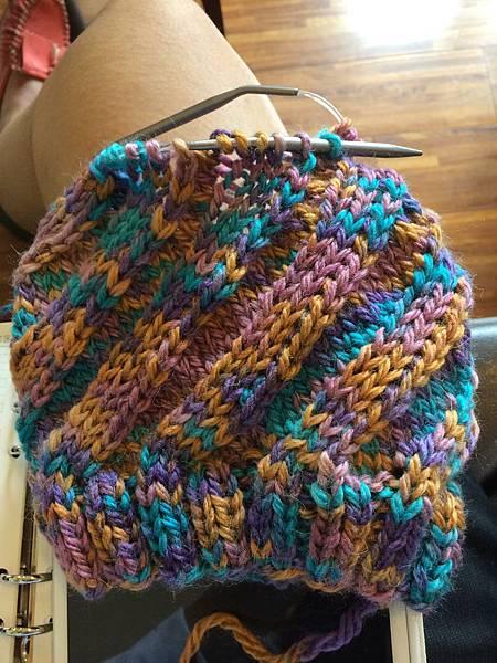 swirl hat-2