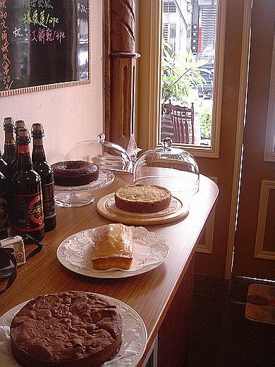 2010edcafe09105.jpg