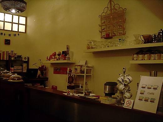 edcafe101202.jpg