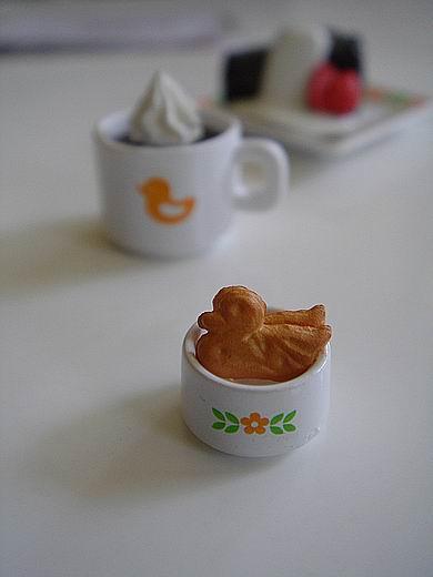 desktoycafe2.jpg