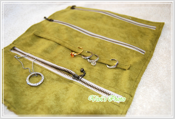 Travel Jewelry  Roll-1.JPG