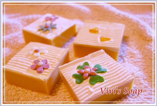 甜甜蜜蜜皂.JPG
