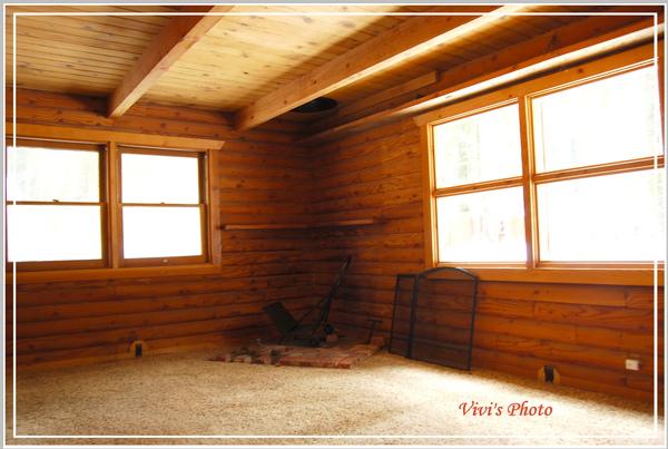 Front Room.jpg