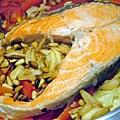 迎春鮮蔬鮭魚紅釜飯 (3)-壓標