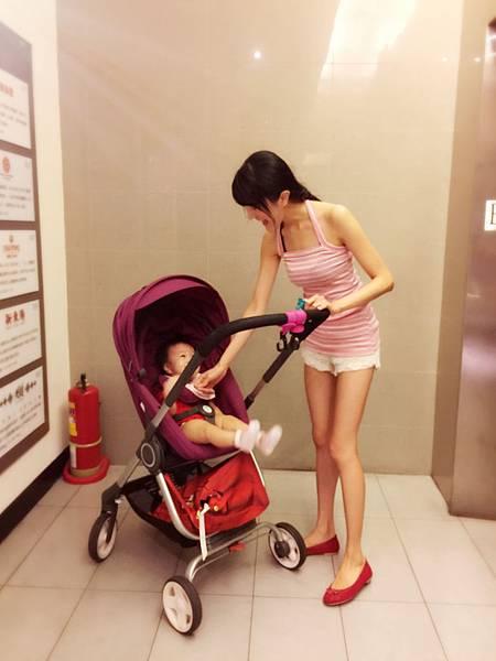 stokke 嬰兒推車 評價