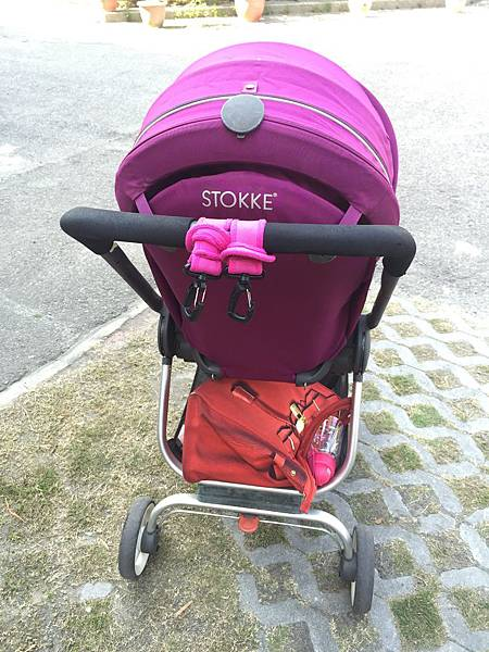 嬰兒車評比 -穩重型STOKKE V.S 輕便型JOIE 車界大比拚