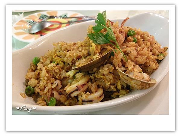 主菜-香辣咖哩海鮮炒飯